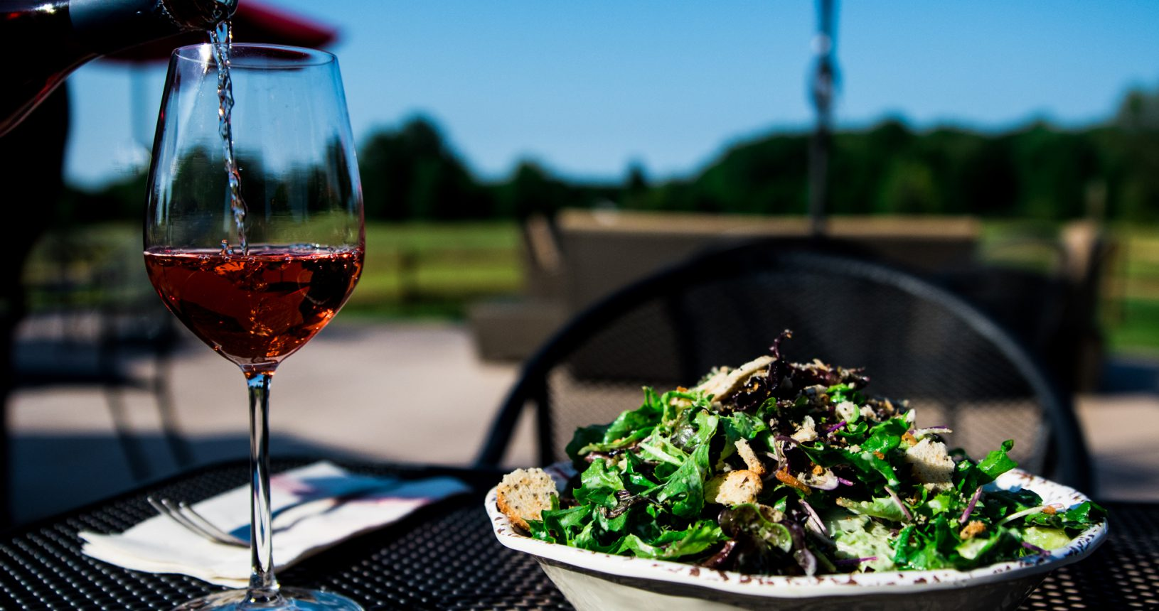 Sandy-Ridge-Salad-and-Wine-Outdoors-Ohio